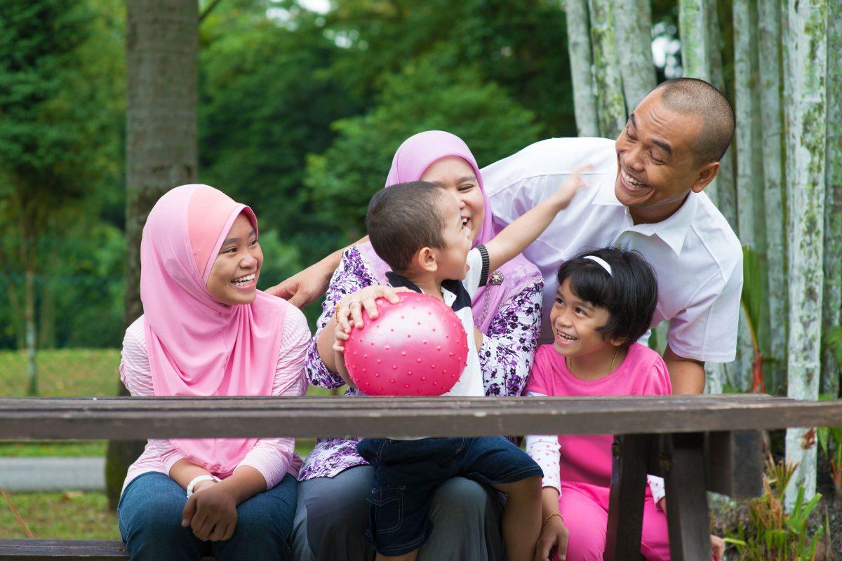 Anak Anak Asyik Bergaduh Ini Tip Prof Dr Muhaya Cara Pengikat Kasih Sayang Dikalangan Adik Beradik Secara Islami Pa Ma