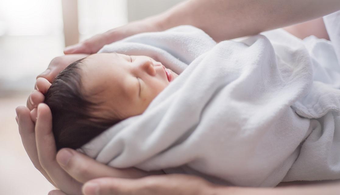 Kelahiran Pengaruhi Bentuk Kepala Bayi Bulat Atau Sedikit Lonjong Mama Jangan Risau Pa Ma